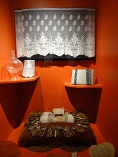 2016.08.07-044 ensemble de couture au musée de Normandie