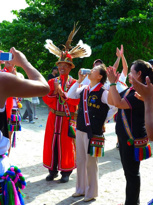 Hualien County. Liku lake. Danses Amis J 2 - liyu%2B2%2B442.JPG