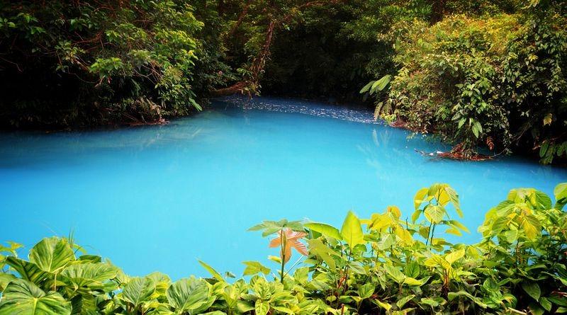 Resultado de imagen de río celeste costa rica