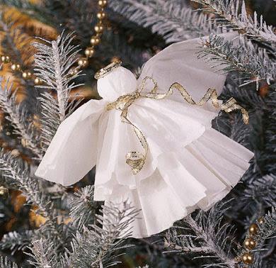 Рождественский ангел из кофейных фильтров
