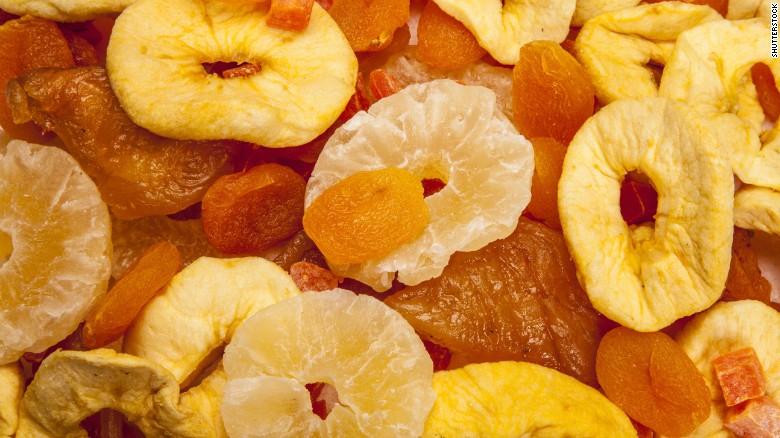 Ăn nhiều trái cây khô có sao không?