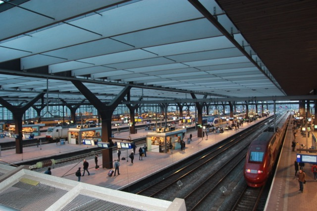 The platforms looking very mid afternoons - Rotterdam train station
