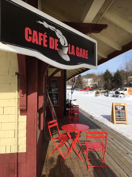 coffee shop at Sainte-Adele, on Le P'tit Train du Nord