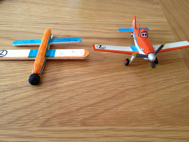 little bright sparks: Disney Planes craft: peg planes