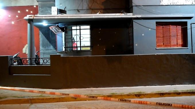 Atacaron a balazos un local de hamburguesas en Vgg