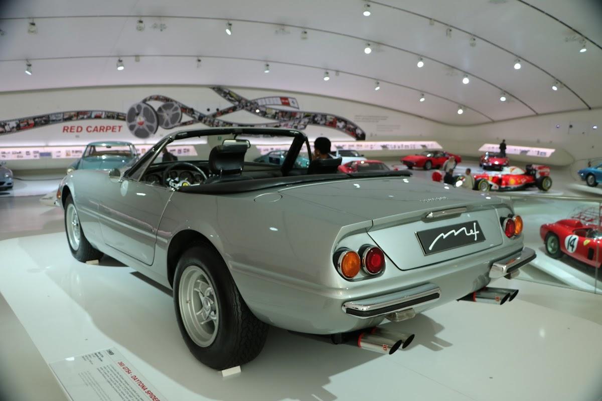 Modena - Enzo Museum 0022 - 1969 Ferrari 365 GTS4 Daytona Spider.jpg