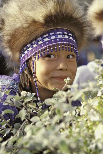 Yup'ik and Hmong: Same style
