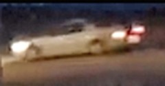 suspicious car.0169