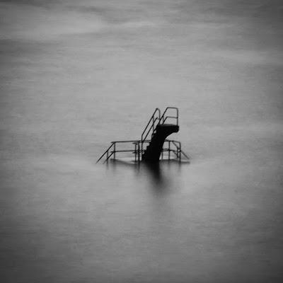 una piscina  tra le nuvole di 7cla7