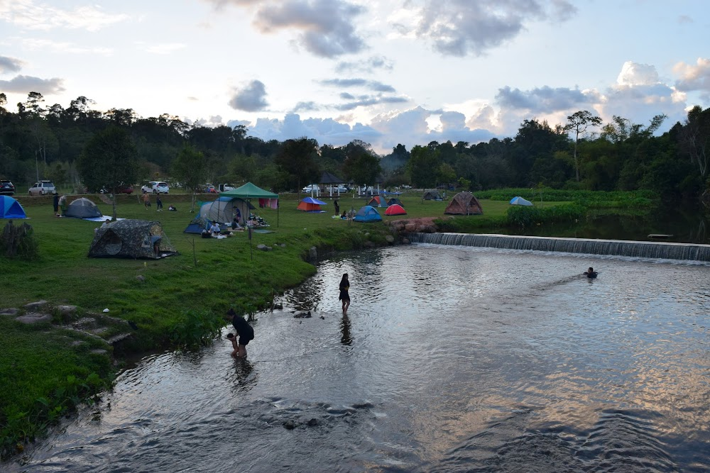 View of the happy Lam Ta Khong campsite from the bridge...