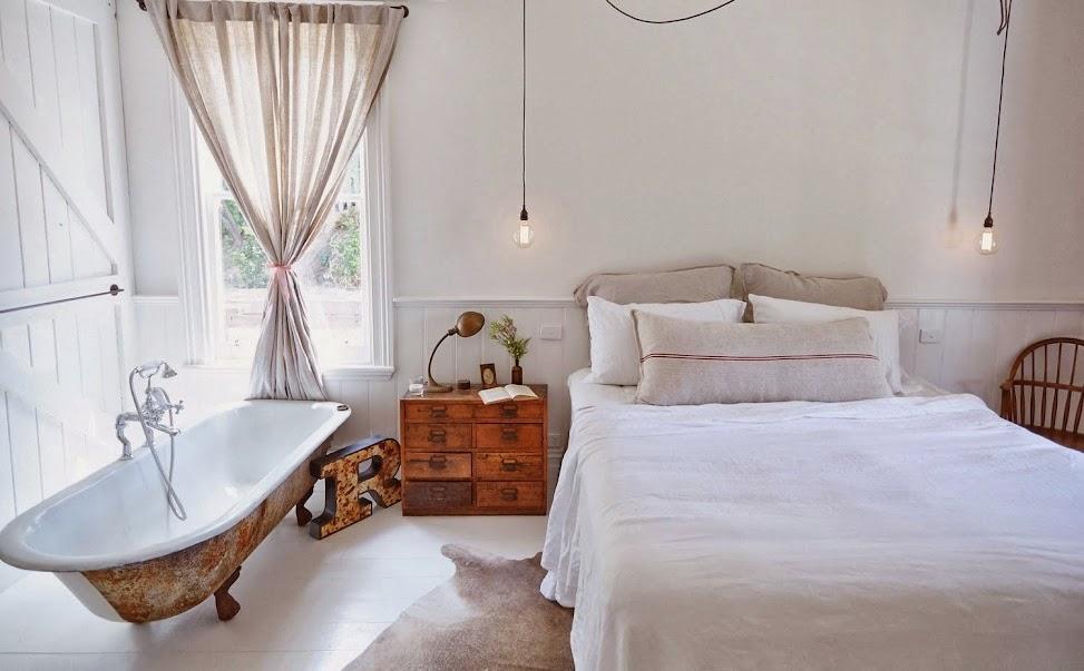 Un dormitorio r stico con un toque vintage for Dormitorio original
