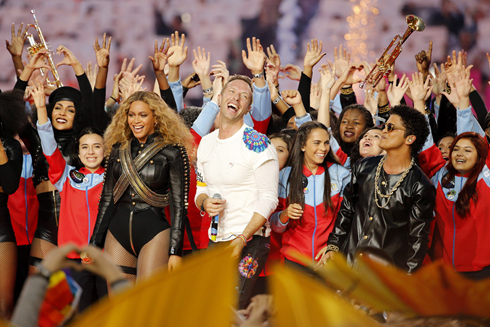 coldplay beyonce bruno mars superbowl halftime show51