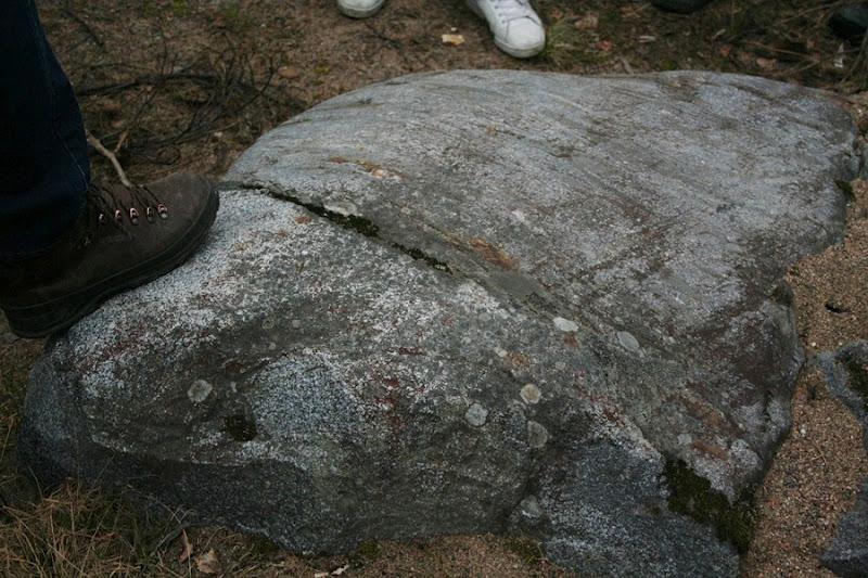 Kallioperägeologian kenttäkurssi, kevät 2012 - Kallioper%25C3%25A4kenttis%2B022.JPG