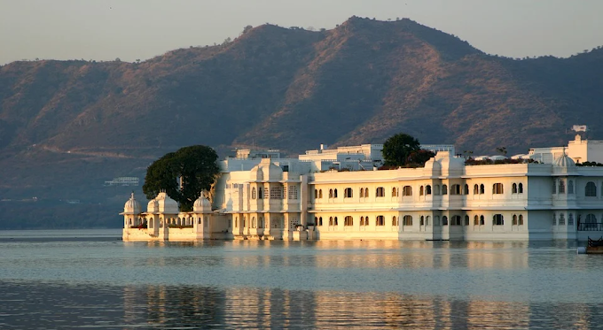 Udaipur Historic, Architecture and City of Lakes, Rajasthan Travel
