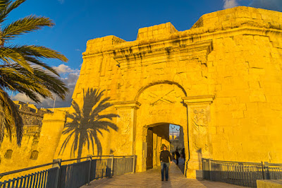 Geocaching auf Malta - Stadttor Birgu