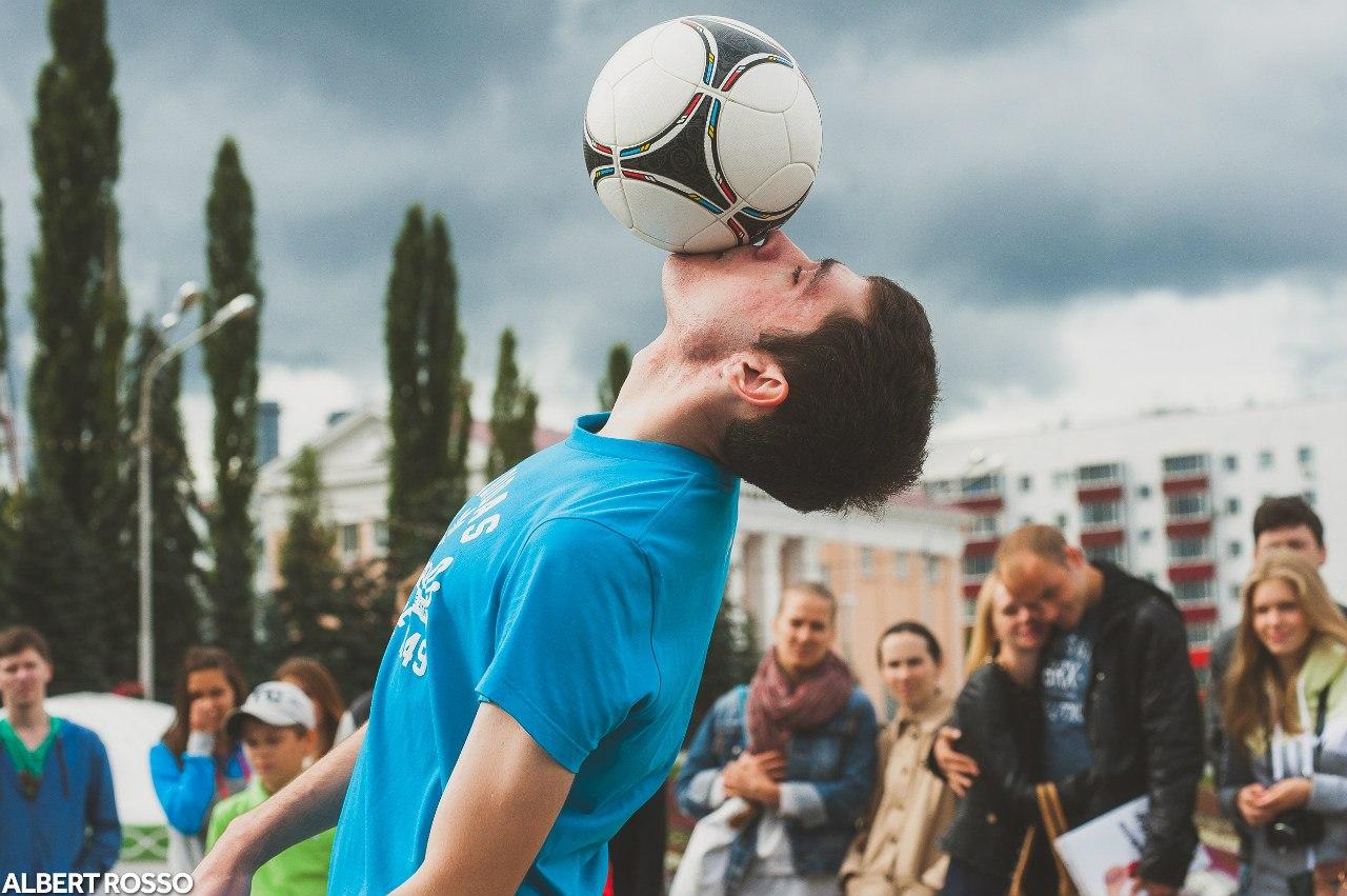 Шоу Футбольного Фристайла в Уфе