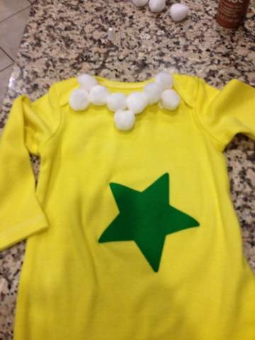 I love star-bellied sneetches so I made her a costume using Rit Dye white onsie and pants Cricut to cut the star and white pom poms ) & PerryPartyofFive: Star-Bellied Sneetch