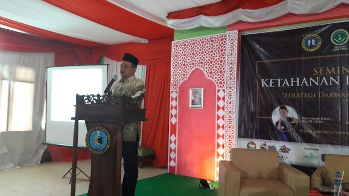 Pesantren Nurul Jadid Gelar Seminar Ketahanan Informasi di Era Digital