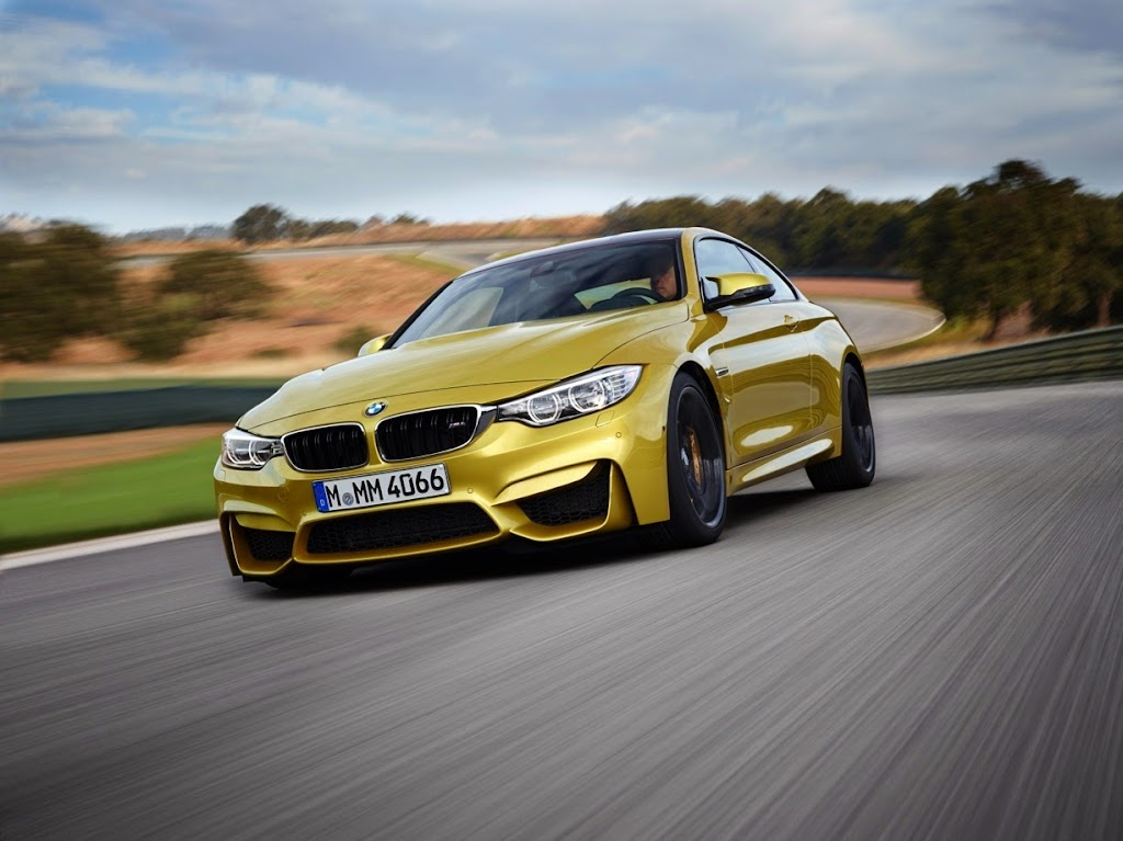 2015 BMW M4 Coupe 10