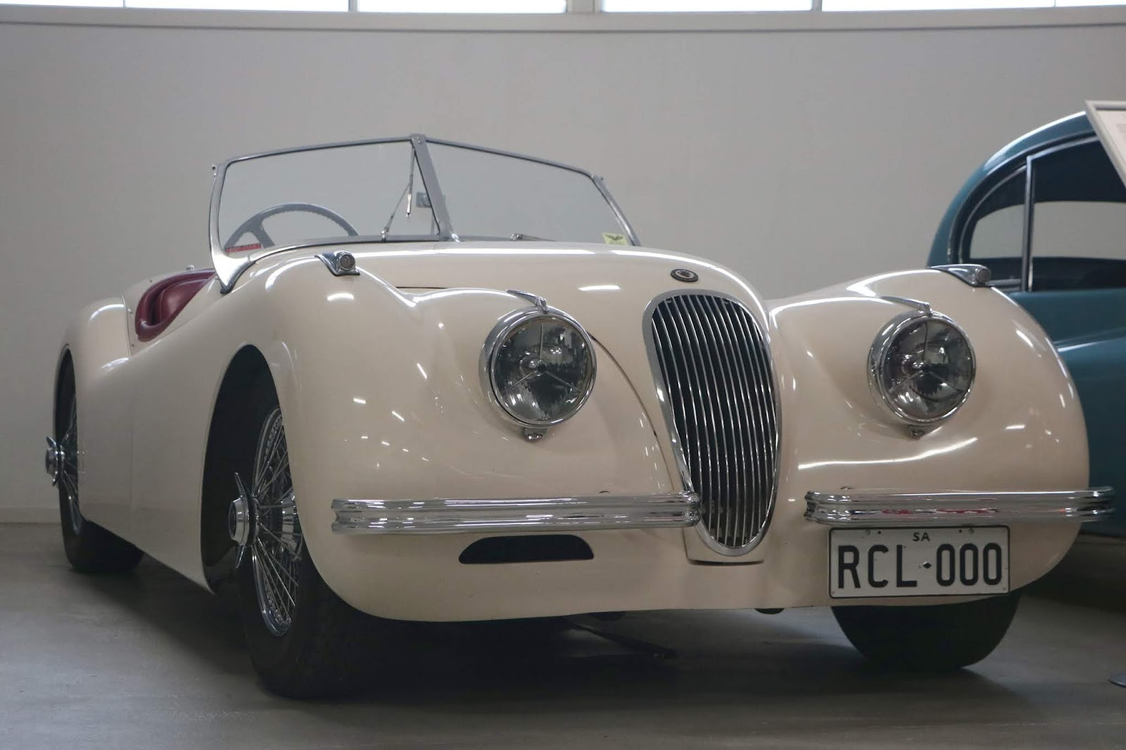Carl_Lindner_Collection - XK120 02.jpg