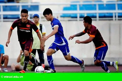 Hình 2: Công Vinh tỏa sáng, tuyển quốc gia thắng U.23 Việt Nam 3-0