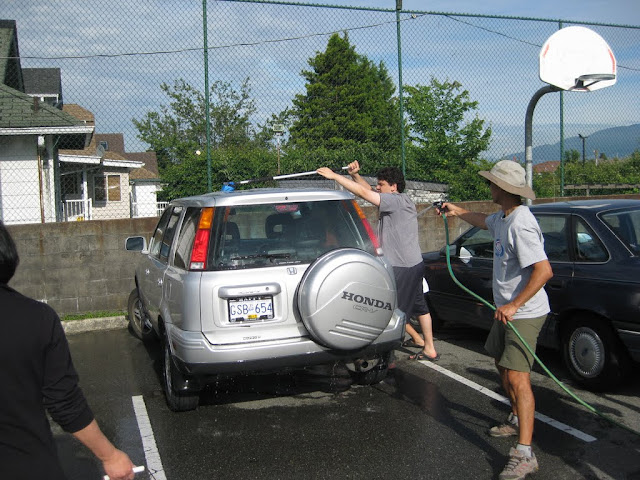 Altar Servers Car Wash 2011 - IMG_5842.jpg
