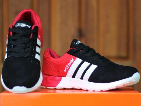 Jual Sepatu Adidas Terbaru Online c9483bb45a