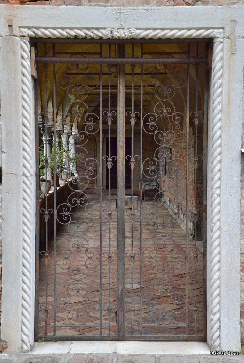 Chiostro Chiesa di Sant Elena 13 05 2016 N2