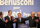 Silvio-Berlusconi-al-Politeama-con-Musumeci-Sgarbi-Miccichè-e-Armao