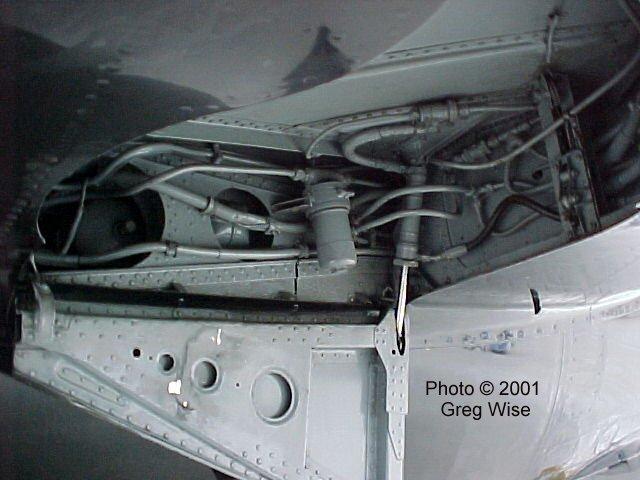 Mig-17_starboard_well.jpg