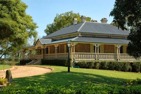 One of Brisbane's grand and earliest villas built in Indooroopilly, Greylands was constructed in 1876