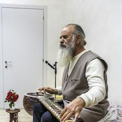 Satguru-Sirio-spring-retreat-2017-meditation-satsang-Sant-Bani-Ashram-Italy3.jpg