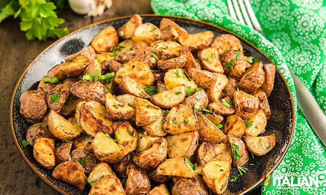 air fryer potatoes in a bowl