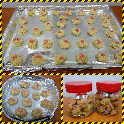 Biskut Cornflakes aka Red Pearl Cookies