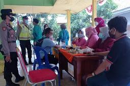 Kapolsek Pantau Percepatan Vaksinasi di 9 Desa di Wilayah Kecamatan Kejayan