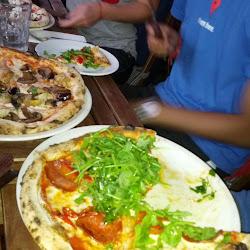 Juniors Paulie's Pizza's profile photo