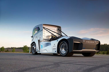 Check Out One Of The Fastest Trucks On Earth - The Volvo Iron Knight 1