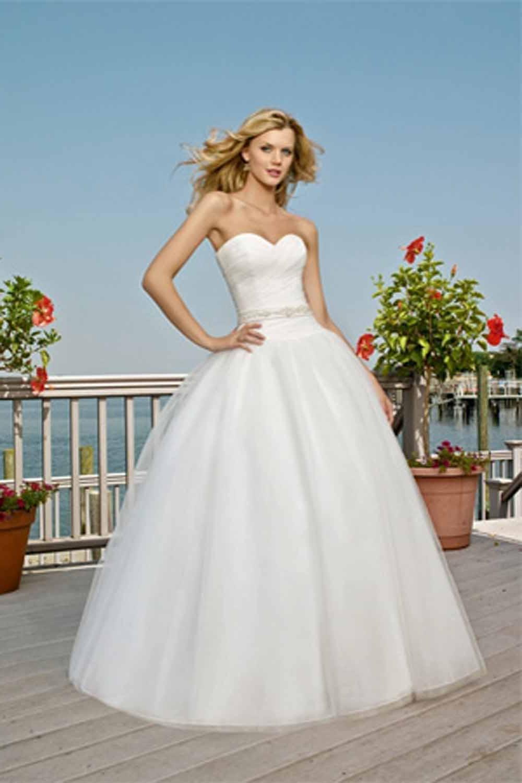 Hoa's Blog: Casual Beach Wedding Dresses