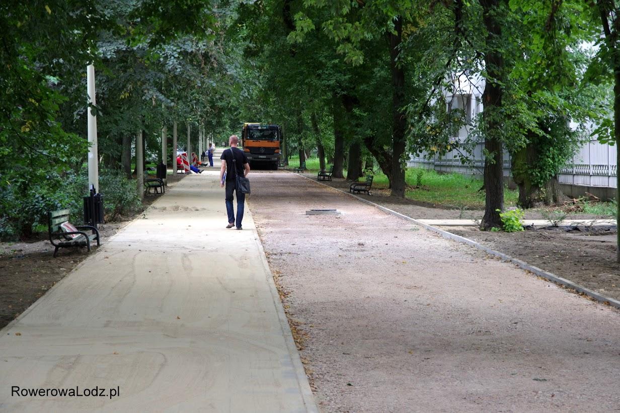 Bliżej ul. Sienkiewicza asfaltu jeszcze nie ma