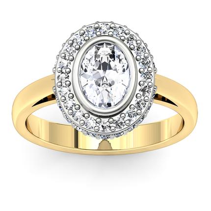 Anillo de compromiso con diamante enmedio