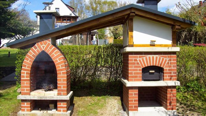 Outdoorküche Mit Holzbackofen : Pizzaofen flammkuchenofen holzbackofen florenz ii edinger märkte