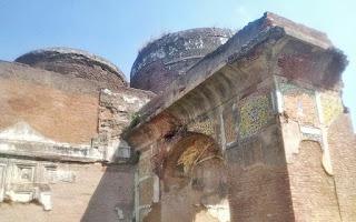 mosque_rear_frescos