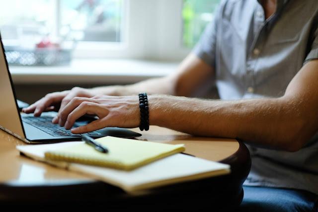 مدونة في بلوجر وكتابة المقالات