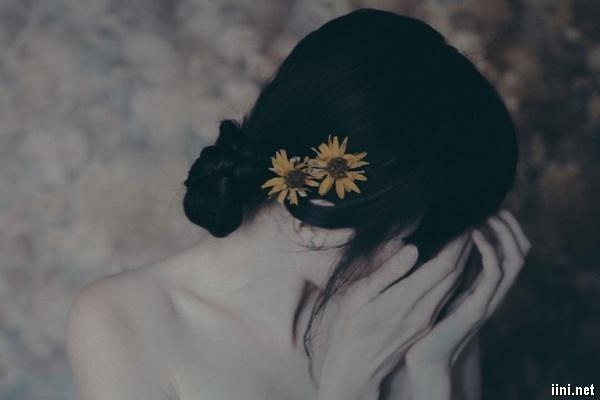 thơ yêu đàn bà đã cũ