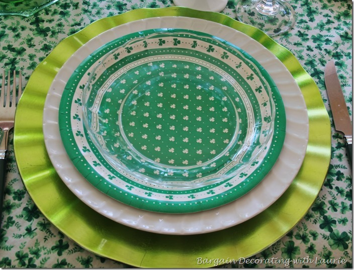 St Patrick Tablescape-Bargain Decorating with Laurie