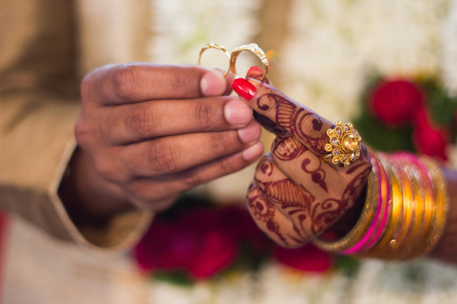 When Should You Get Married & When You Shouldn't