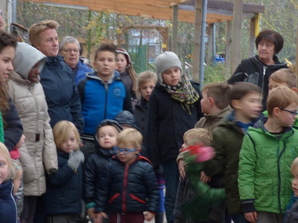 Sinterklaas op bezoek - P1060455.JPG