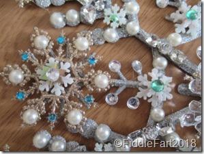 jewelled snowflake wreath 3