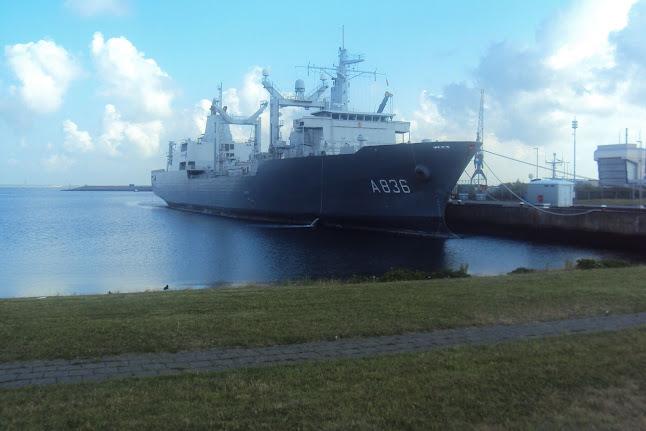 Marche Kennedy (80km) de Den Helder (NL): 9-10 juin 2012 DSC03412