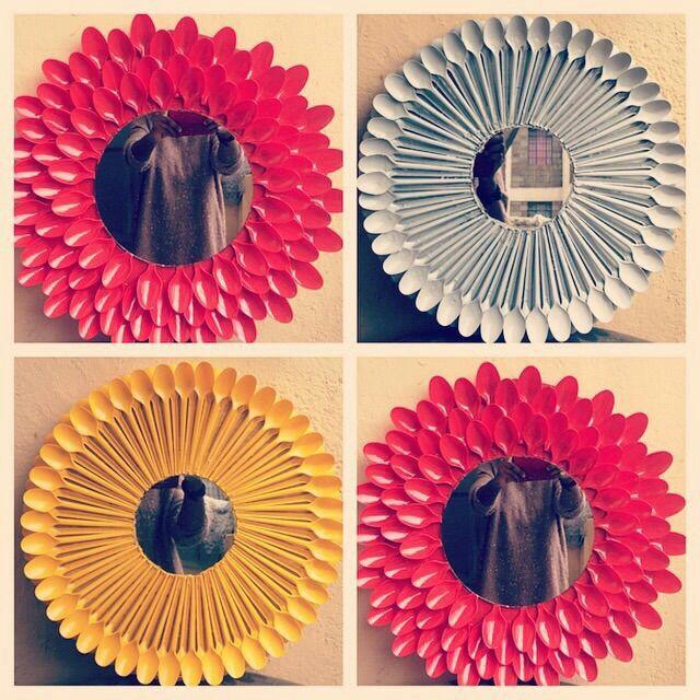M s y m s manualidades decorar espejos con cucharas de pl stico - Espejo de plastico ...